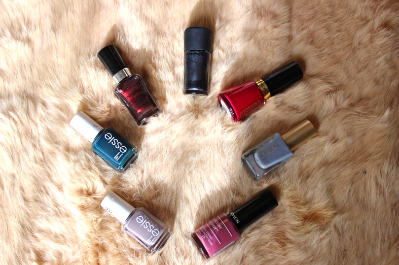 Stylisted - Winter Nail Polish