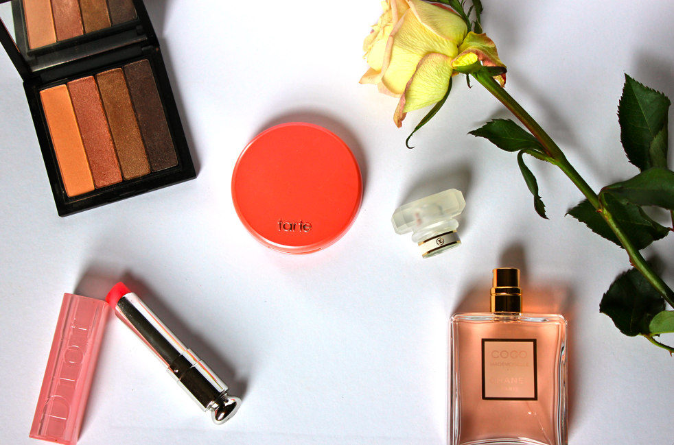 Stylisted - Valentine's Day Date Night Beauty